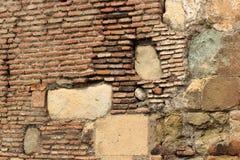 Stary czerwonej cegły kamieniarstwo i kolor żółty cegiełek kamienny tło Obrazy Royalty Free