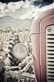 stary czerwony ciągnika fotografia stock
