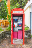 Stary czerwony Telefoniczny budka Zdjęcia Stock