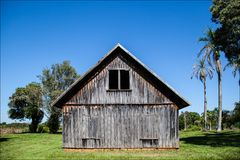 Stary dom od 1920's na gospodarstwie rolnym w Varpa Fotografia Royalty Free