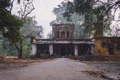 Stary dom w Disrepair obrazy royalty free