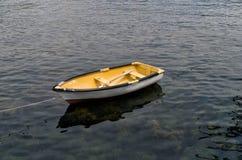 Stary drewniany dinghy Zdjęcie Royalty Free