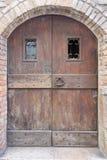 Stary drewniany drzwi lub brama Obrazy Stock