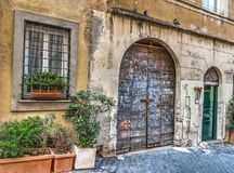 Stary drewniany drzwi w Rzym Fotografia Stock