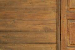Stary Drewniany drzwi w Tajlandzkim stylowym tekstury tle Zdjęcia Stock