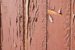 Stary drewniany drzwi z farbą struga daleko Obraz Royalty Free