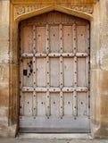 Stary drewniany drzwiowy tło Obrazy Royalty Free