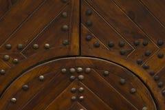 Stary drewniany drzwiowy zbliżenie Obrazy Royalty Free