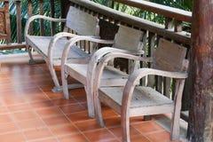 Stary drewniany krzesło na balkonie Obraz Royalty Free