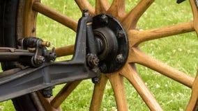 Stary Drewniany Samochodowy koło i Axle zdjęcie royalty free