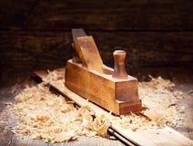 Stary drewniany samolot w warsztacie Fotografia Royalty Free