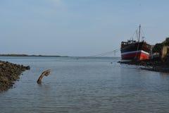 Stary drewniany statek z kotwicą Obraz Stock