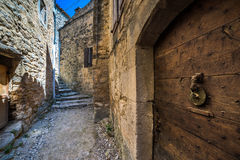Stary drzwi przy starymi ulicami Obraz Royalty Free