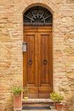 Stary drzwi, Tuscany, Włochy Zdjęcia Stock