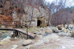 Stary Etrurian siarki łup, Monterano naturalny park, Włochy Fotografia Royalty Free