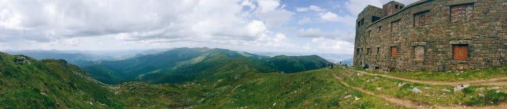 Stary europejczyka kasztel w górach Zdjęcie Stock