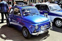 Stary Fiat 500 Abarth ścigać się wyposażam Zdjęcie Royalty Free