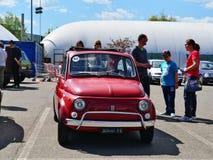 Stary Fiat 500 samochód Obrazy Stock