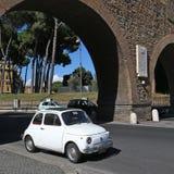 Stary Fiat 500 w Rzym Obrazy Royalty Free