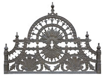 Stary forged kruszcowy dekoracyjny kratownicy ogrodzenie odizolowywający nad bielem Zdjęcia Royalty Free