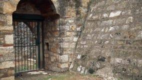 Stary forteca od wieków średnich, Strażowa brama zdjęcie wideo