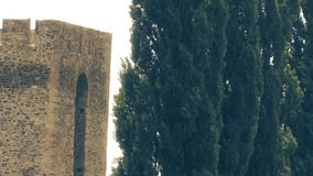Stary forteca od wieków średnich, wieży obserwacyjnej i drewna, zdjęcie wideo
