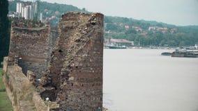 Stary forteca od wieków średnich, wieży obserwacyjnej i rzeki Danube, zbiory