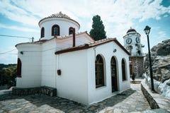 Stary Grecki kościół w Skiathos miasteczku obrazy royalty free
