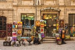 Stary grodzki «Icheri Sheher «, Baku Azerbejdżan, Marzec, - 12, 2017 Pamiątkarski sklep w centrum stary miasteczko który s Icheri fotografia stock