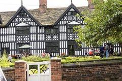 stary Hall hotel, pub w Malowniczym miasteczku Sandbach w Południowym Cheshire Anglia i Obrazy Stock