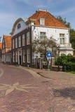 Stary holenderski dwór w historycznym centrum Monnickendam Zdjęcie Royalty Free
