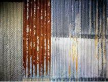 Stary i ośniedziały panwiowy galwanizujący żelazo talerz Zdjęcia Stock