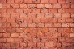 Stary i wietrzejący grungy czerwony ściana z cegieł tekstury tło zdjęcia royalty free