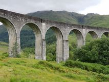 Stary kamienia mostu Harry Poter pociąg Glenn obrazy royalty free