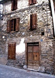 Stary kamienny budynek mieszkaniowy Europa Zdjęcia Royalty Free
