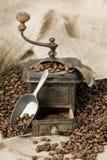 stary kawowy fasola ostrzarz Zdjęcia Royalty Free