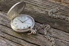Stary kieszeniowy zegarek z łańcuchem Obraz Stock