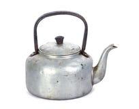Stary klasyczny aluminiowy czajnik na białym tle Zdjęcie Royalty Free
