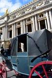 Stary koński fracht przy operą Garnier, Paryż, Francja obrazy royalty free