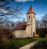 Stary kościół w wiejskim Węgry Zdjęcia Royalty Free