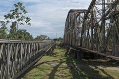 Stary kolei, granicy most przez Sixaola rzekę między i obrazy stock