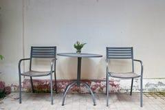 Stary krzesło rocznika stół i Zdjęcie Stock