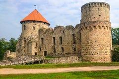 Stary krzyżowa kasztel w Cesis, Latvia zdjęcie stock