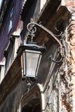 Stary lampion na ulicie Fotografia Royalty Free