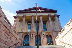Stary Lancaster okręgu administracyjnego gmachu sądu wejście Zdjęcie Stock