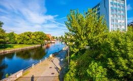 Stary miasteczko i świrony Brda rzeką Bydgoski zdjęcia stock
