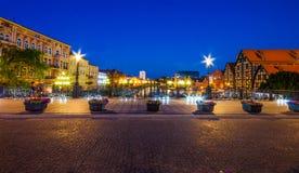 Stary miasteczko i świrony Brda rzeką przy nocą Bydgoski fotografia stock