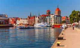 Stary miasteczko i Motlawa rzeka w Gdańskim, Polska obraz royalty free
