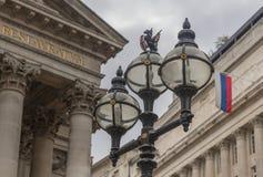 Stary miasto Londyńskie latarnie uliczne blisko banka anglii Zdjęcie Royalty Free