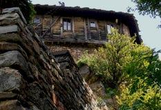 Stary monaster i kamienne ściany Obraz Royalty Free